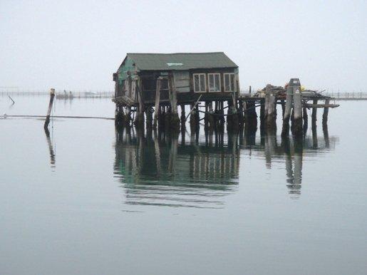 Pellestrina island: fishermen's hut on stilts